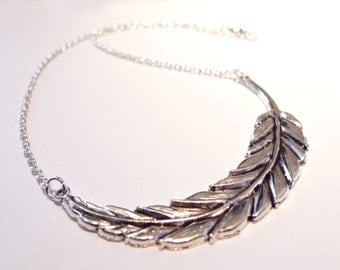 Antique Feather Leaf Statement Necklace - Boho Jewellery - Vintage Style Silver Jewelry - Short Necklace