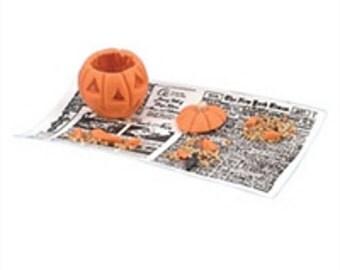 pumpkin carving jack-o-lantern dollhouse miniature 1/12 scale