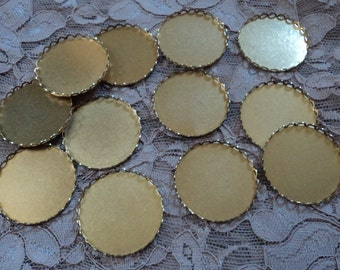 28mm round brass lace edge closed back settings 12 pc lot l