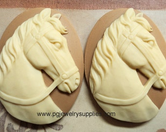 40mm x 30mm horse head cameos ivory cream on tan 2 pieces lot l