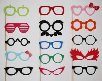 Party Photobooth Props Holiday Photo Booth Props Photo Props Set of 15 Glasses