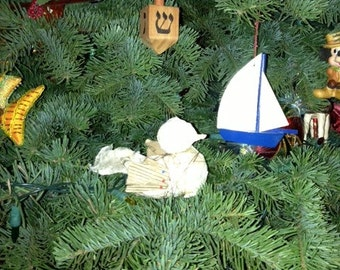Hand-crafted redwood double-duty dreidel -- hang it on your tree or play the game