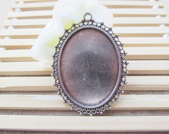 Antique Silver tone/Antique Bronze Oval Frame Base Setting Tray Bezel Pendant Charm/Finding,Border Flower,fit 30mmx40mm Cabochon/Cameo,DIY