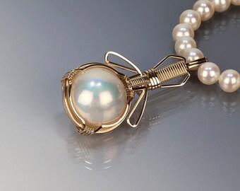 Mobe pearl gold pendant, Mobe pearl, Wire wrapped jewelry, Gold jewelry, Art, Handmade jewelry, Wire wrapped pendant, June birthstone, White