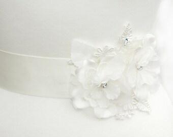 Flower bridal sash, lace bridal sash