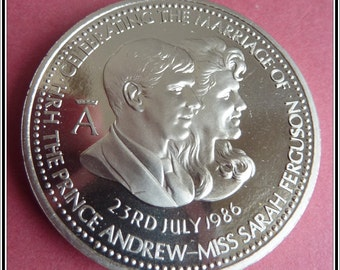 British Royal Wedding Medal. Commemorating the Marriage of Prince Andrew to Sarah Ferguson in 1986.