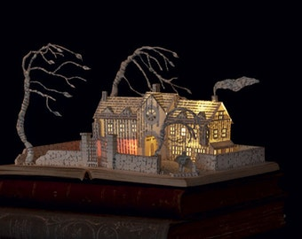"Paper Sculpture Fineart Postcard ""Wuthering Heights"" n-1"