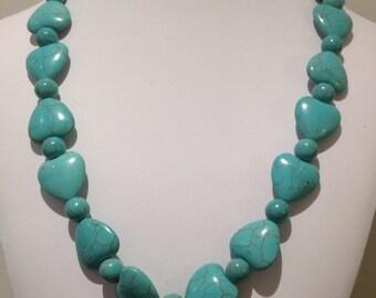 Necklace. 52-53 cm.  Reconstituted turquoise.