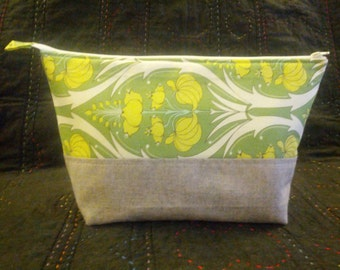 Green Floral Large Wide Mouth Zippered Pouch
