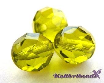 Fire polished Czech Glass Beads 8 mm - Light Olivine