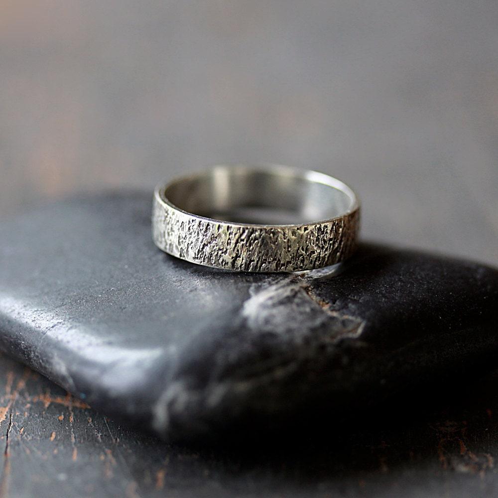 Reykjavik ring sterling silver men39s wedding band for Mens gunmetal wedding rings