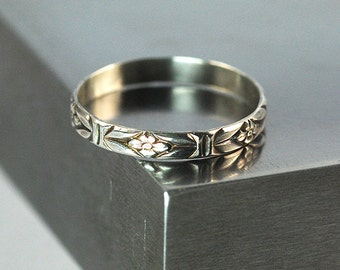 Sterling Silver Floral Band Ring / Patterened Silver Ring / 3 mm Wide Silver Band / Silver Stacking Ring