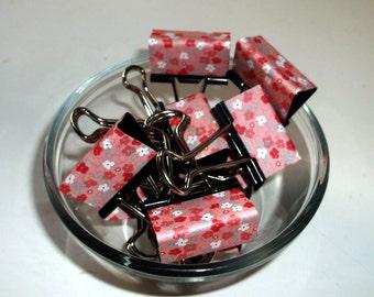 """Binder Clips - """"Cherry Pansies"""" 12 medium binder clips"""