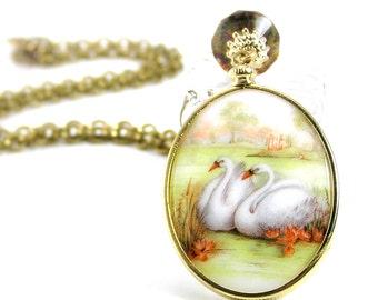 Vintage Swan Pendant , Necklace, Vintage Glass Pendant, Romantic Jewelry, Bird Jewelry
