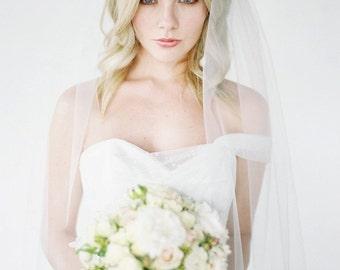 HOLLY | fingertip wedding veil, ivory bridal veil, fingertip bridal veil, wedding veils