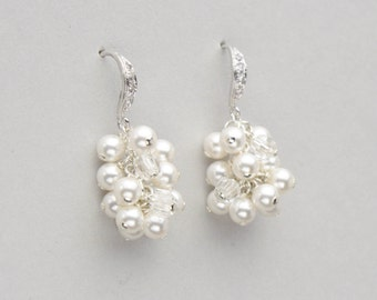 Pearl and Crystal Earrings, Small Pearl Cluster Bridal Earrings, Pearl Wedding Jewelry for Brides, Wedding Earrings, Ivory Pearl Jewelry