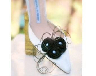Black Shoe Clips Swirls Rose Trio. Couture Bride Bridesmaid, Spring Birthday Party Gift, French Shabby Chic, Peacock Herl, Ivory White Pearl