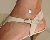 Heart Charm Anklet Bracelet. Personalized Gold Anklet. Hand Stamped Leg Bracelet. Elegant Jewelry / Gold Anklet / Heart Anklet  / Initials