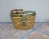 Vintage 1970's Basket Purse,Rattan Purse, 70s Weaved Purse, Bamboo Handle Brass and Basket Purse, Oval Purse