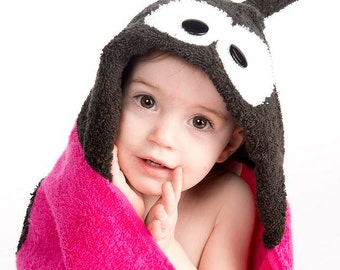 PERSONALIZED Pink Ladybug Hooded Towel
