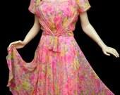 Vintage 50s Pink Floral Chiffon Dress // Garden Party Pink Roses Silk Dress M  B38 W30