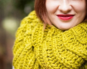 Citron Yellow-Green Chunky Circle Infinity Scarf - Handknit
