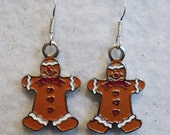 Gingerbread Man Earrings, Christmas Earrings, Holiday Earrings, Christmas, Holiday, Christmas Jewelry, Seasonal Earrings, Red, Brown