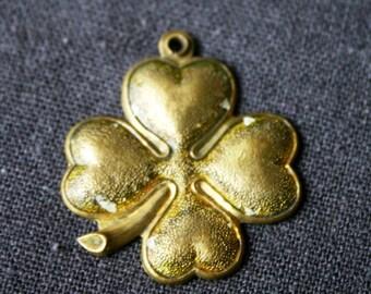 Lucky four leaf clover. Stunning golden vintage pendant.