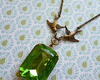 Precious Peridot Green Vintage Crystal Gem Necklace with Antiqued Brass Swallows and Fine Brass Chain // Birds 1950s Deco Nature Boho Chic