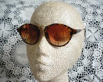 Deadstock Tortoiseshell Clubmaster Sunglasses With Metal Bridge