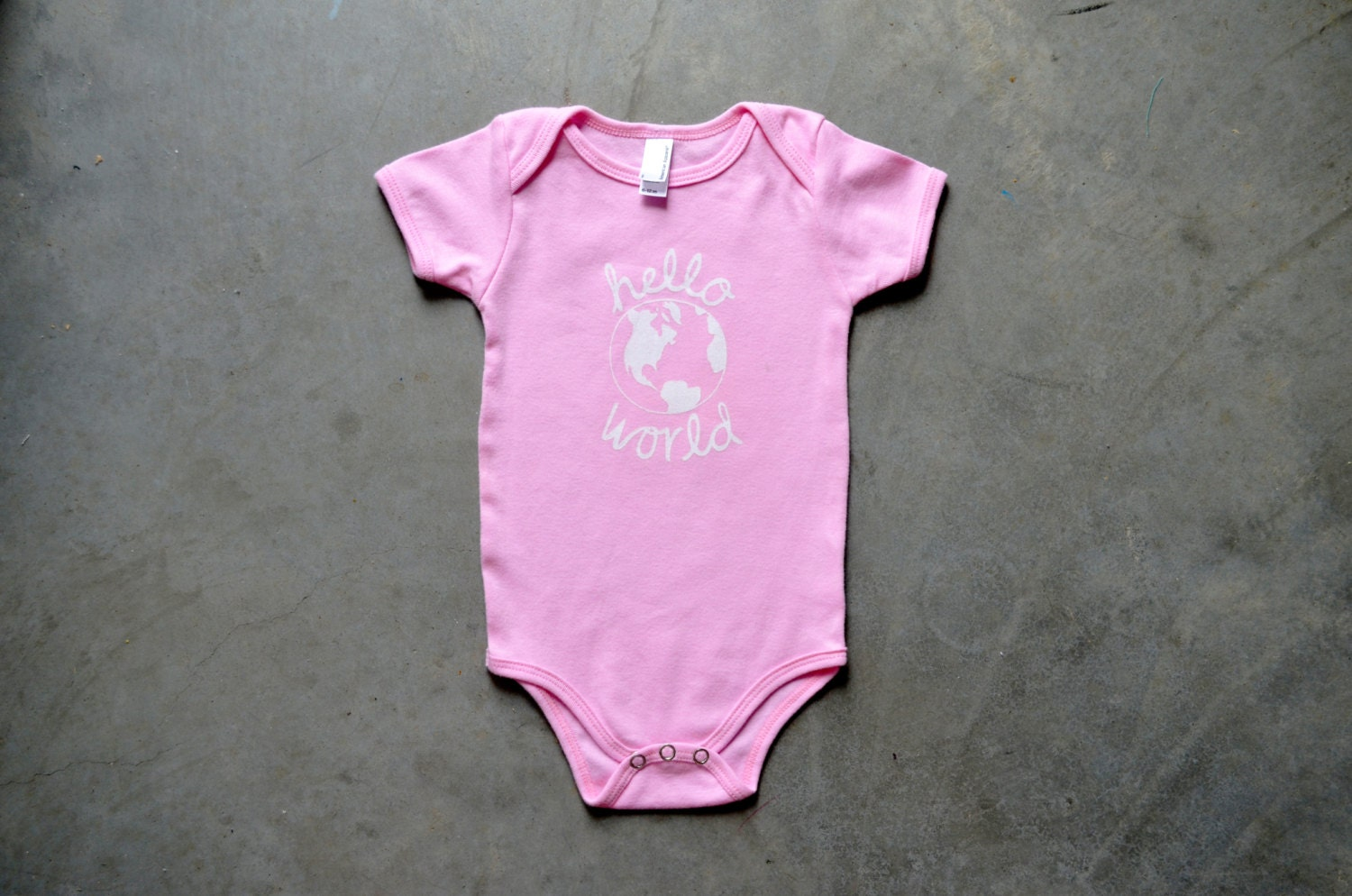 ONESIE (3-6 Months) Hello World - Light Pink