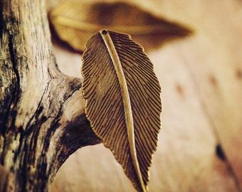 Antiqued bronze  large double sided leaf  charm (2pcs) HK11611 R18