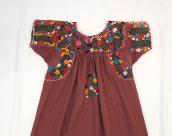 Mexican Dress Vintage Embroidered Smock Dress Peasant Dress Floral Embroidery Flowers Little Men Oaxaca Mexico Fiesta Wedding Festival 1980s