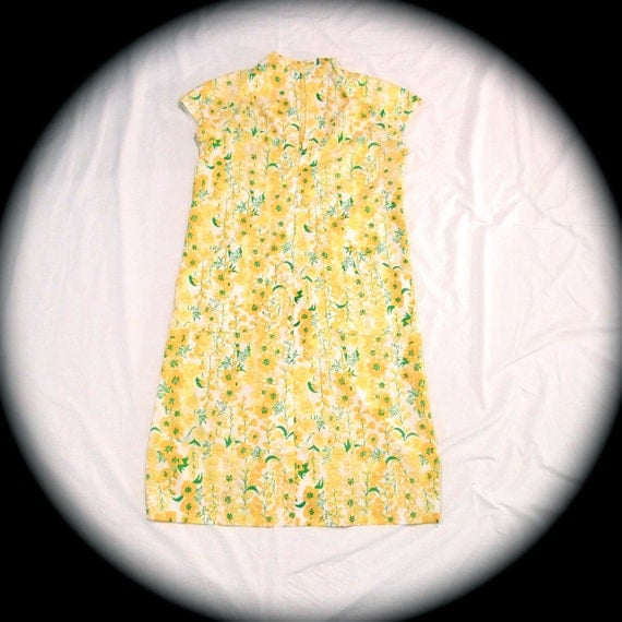 Lilly Pulitzer Dress Patio Dress Robe 70's Handmade OoaK Shift Dress Tie Belt Medium Yellow Floral print  Robe Loungewear FREE USA SHIPPING