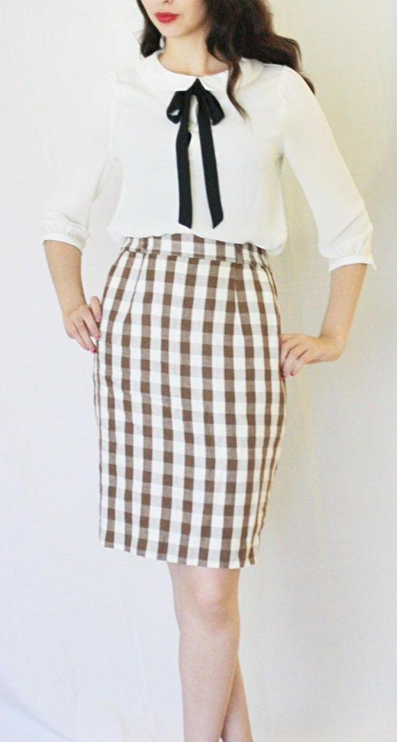 Clean Out Sale 25.00 to 15.00! 1980s wool Plaid Pencil skirt// Office Wear Pencil Skirt