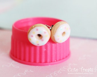 Food jewelry - Vanilla Doughnuts stud earrings hypoallergenic (Surgical Steel)