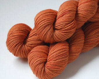 Naturally Dyed Organic Merino Worsted Weight Yarn 210 yards in 'Paprika'
