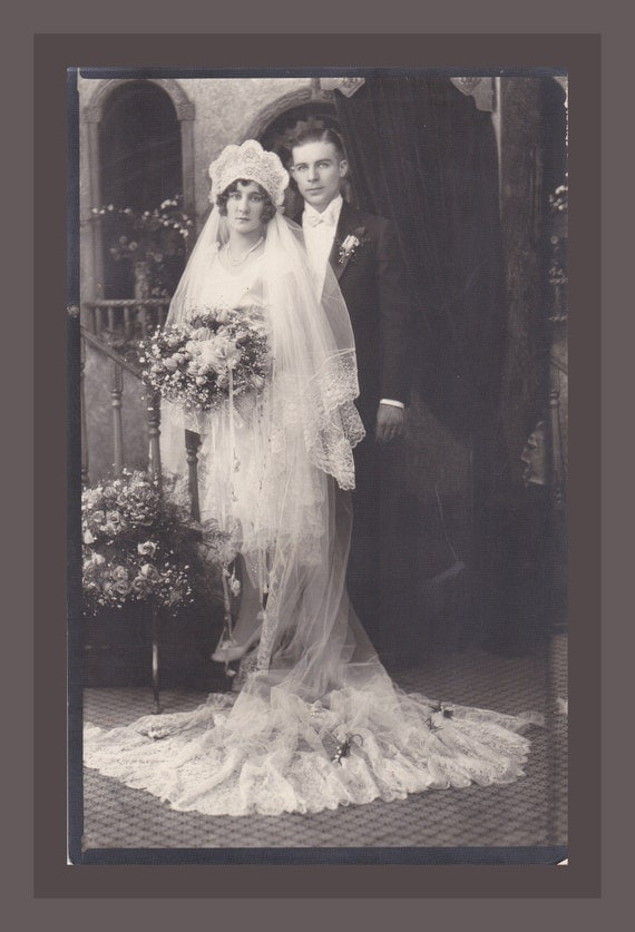 Roaring 20s Bride and Groom- Beautiful Headpiece Veil and Bouquet- Wedding Day Portrait- 1920s Vintage Photograph