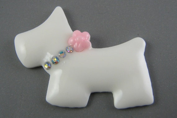 SALE Resin Cabochons : 2 White & Pink Bling Scottie Dog Resin Cabochons