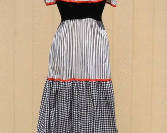 Vintage 60s Boho Dress / Prairie Dress / Maxi Dress / Black and White Gingham Dress / By Vicky Vaughn