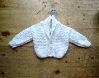 White textured baby cardigan with collar