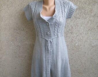 Vintage Cable Cardigan, Silver Grey Knitted Mini Dress, Acrylic Jacket Short sleeve, Women Belt Big buttons Tunic, Size XS S 6 US 8 UK