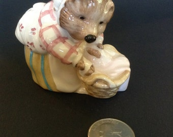 Beswick Beatrix Potter Miss. Tiggy-Winkle Washing Figurine BP8a RARE