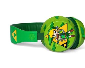 Legend of Zelda headphones earphones handpainted - Link Triforce Hylian seal - green yellow