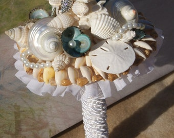 Rhinestone Starfish Seashell Bouquet / Beach Bouquet/ Destination Bouquet/ Seaside Bouquet/ Summer Bouquet/ Wedding Bouquet