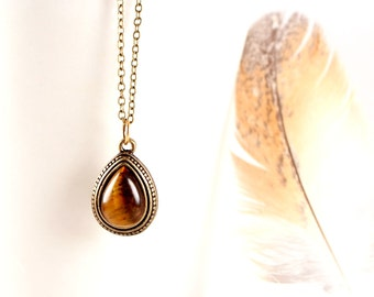 Teardrop Tigers Eye Necklace, Dainty Bronze Necklace, Small Red Tiger Eye Pendant, Simple Vintage Style Necklace, Dainty Tigers Eye Jewelry