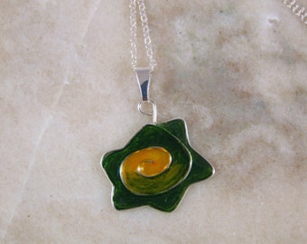 Resin filled Wire Necklace