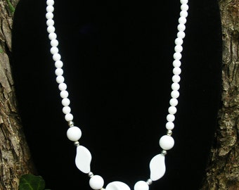 Retro White Strand Necklace
