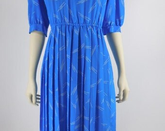 70s/80s Bright Blue Office Dress. Modest Secretary Dress With Pleated Skirt - med