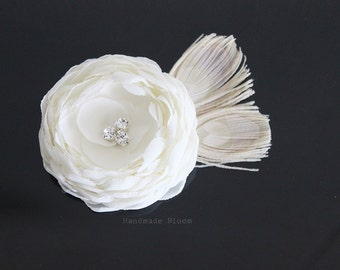 Ivory Flower Hair Piece, Bridal Hair Clip, Wedding Hair Flower, Hair Accessory, Peacock Fascinator, Bridesmaid, Flower Girl, Flower for Hair